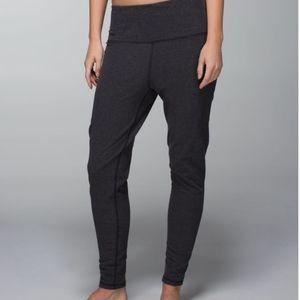 Lululemon Atman pants size 8